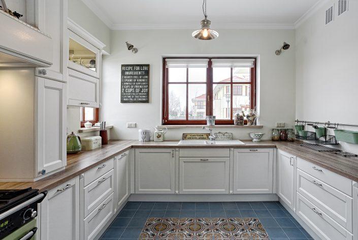 biała kuchnia na wymiar